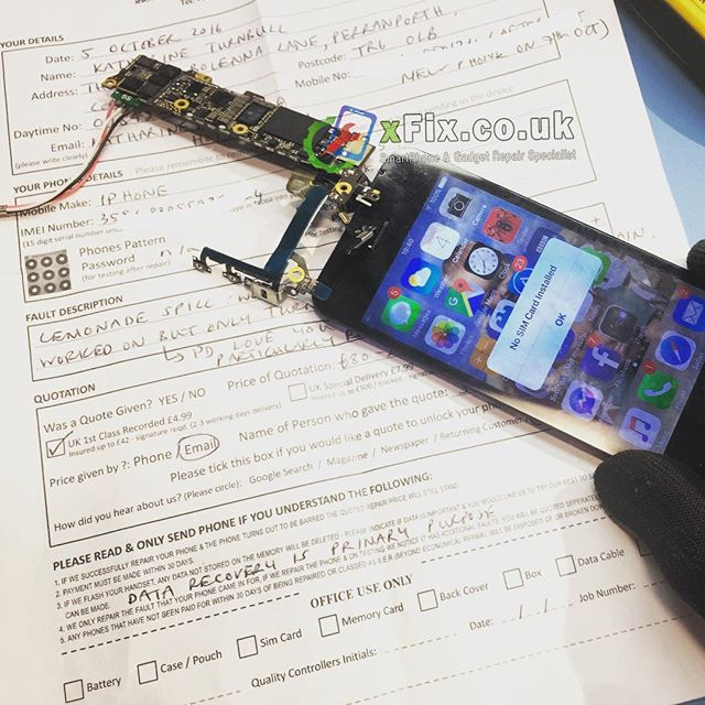 Water Damaged iPhone 5s repaired for Data Recovery from Cornwall, UK.